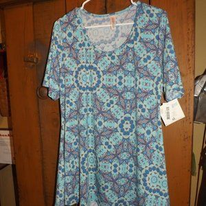NWT XL Perfect T Swing Top